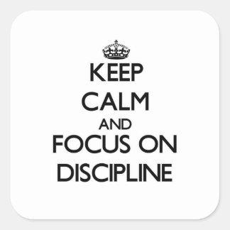 Guarde la calma y el foco en disciplina