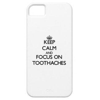 Guarde la calma y el foco en dolores de muelas iPhone 5 carcasas