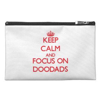 Guarde la calma y el foco en Doodads