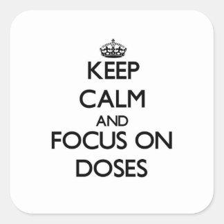Guarde la calma y el foco en dosis colcomanias cuadradas personalizadas