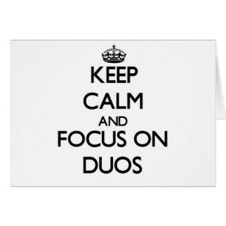 Guarde la calma y el foco en dúos felicitacion