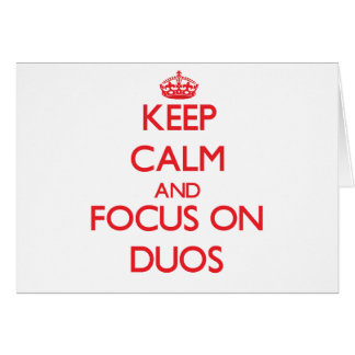 Guarde la calma y el foco en dúos tarjeton