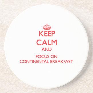 Guarde la calma y el foco en el desayuno continent posavasos para bebidas