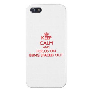 Guarde la calma y el foco en el espaciamiento haci iPhone 5 coberturas