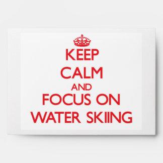 Guarde la calma y el foco en el esquí acuático