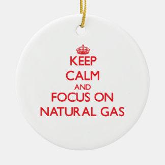Guarde la calma y el foco en el gas natural adorno redondo de cerámica