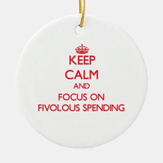 Guarde la calma y el foco en el gasto de Fivolous Adorno Redondo De Cerámica