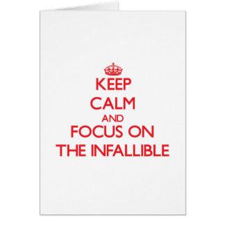 Guarde la calma y el foco en el infalible tarjeta de felicitación
