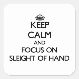 Guarde la calma y el foco en el juego de mano