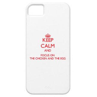 Guarde la calma y el foco en el pollo y el huevo iPhone 5 cobertura