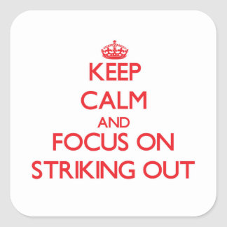 Guarde la calma y el foco en el pulso hacia fuera pegatina cuadrada