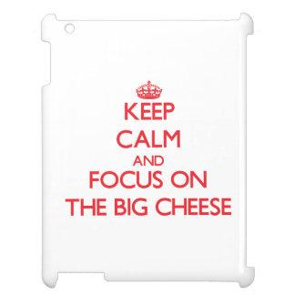 Guarde la calma y el foco en el queso grande