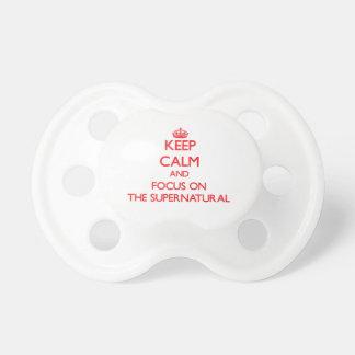 Guarde la calma y el foco en el sobrenatural chupetes para bebés