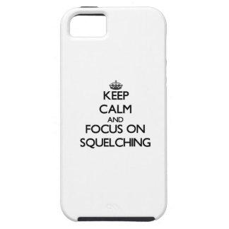 Guarde la calma y el foco en el sofocamiento iPhone 5 protector