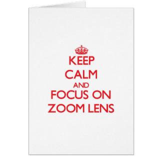 Guarde la calma y el foco en el zoom tarjeta de felicitación