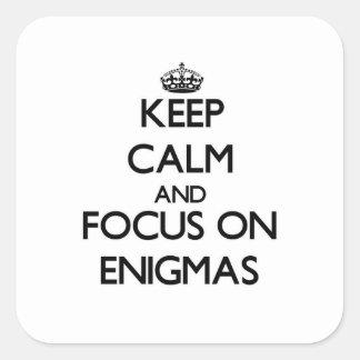 Guarde la calma y el foco en ENIGMAS Colcomanias Cuadradas Personalizadas