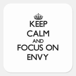 Guarde la calma y el foco en ENVIDIA Calcomanía Cuadradas Personalizada