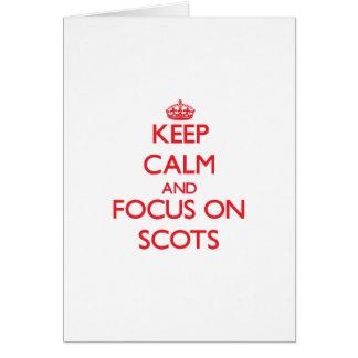 Guarde la calma y el foco en escocés felicitación
