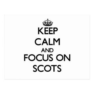 Guarde la calma y el foco en escocés tarjetas postales