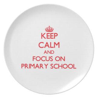 Guarde la calma y el foco en escuela primaria