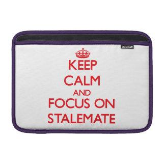 Guarde la calma y el foco en estancamiento funda macbook air