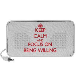 Guarde la calma y el foco en estar dispuesto portátil altavoces
