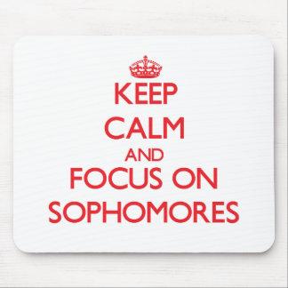 Guarde la calma y el foco en estudiantes de segund tapete de raton
