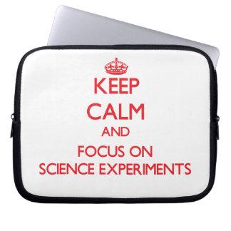 Guarde la calma y el foco en experimentos de la funda portátil