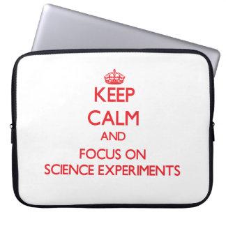 Guarde la calma y el foco en experimentos de la funda ordendadores