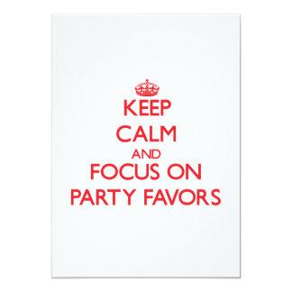 Guarde la calma y el foco en favores de fiesta anuncios personalizados
