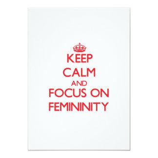 Guarde la calma y el foco en feminidad invitacion personalizada