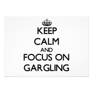 Guarde la calma y el foco en Gargling Invitación