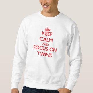 Guarde la calma y el foco en gemelos sudadera