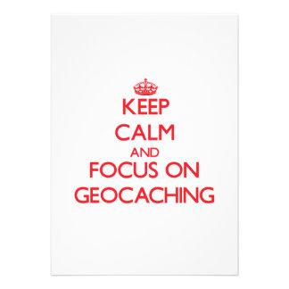 Guarde la calma y el foco en Geocaching Invitaciones Personalizada
