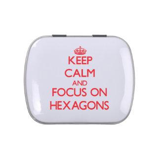 Guarde la calma y el foco en hexágonos