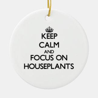 Guarde la calma y el foco en Houseplants Adorno Navideño Redondo De Cerámica