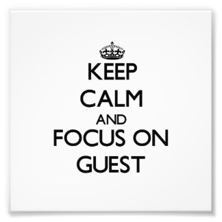 Guarde la calma y el foco en huésped