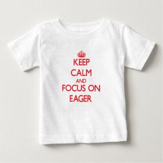 Guarde la calma y el foco en IMPACIENTE T-shirt