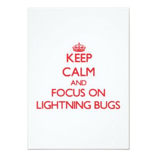 """Guarde la calma y el foco en insectos de relámpago invitación 5"""" x 7"""""""