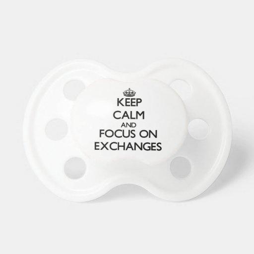 Guarde la calma y el foco en INTERCAMBIOS Chupetes
