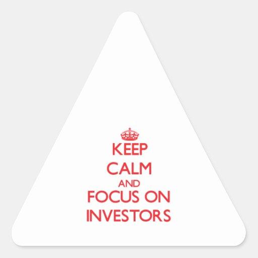 Guarde la calma y el foco en inversores calcomania trianguloada