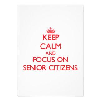 Guarde la calma y el foco en jubilados invitacion personalizada