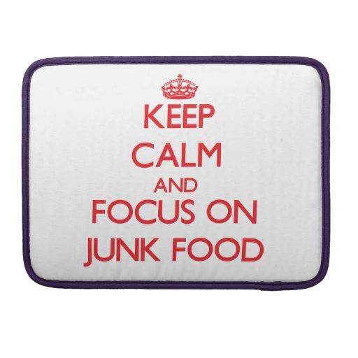 Guarde la calma y el foco en Junk Food Funda Macbook Pro