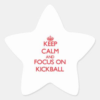 Guarde la calma y el foco en Kickball Calcomanías Forma De Estrellaes
