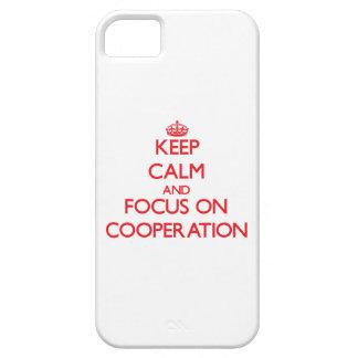 Guarde la calma y el foco en la cooperación iPhone 5 Case-Mate cobertura