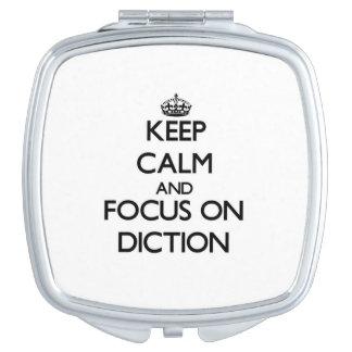 Guarde la calma y el foco en la dicción espejos para el bolso