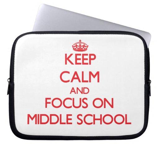 Guarde la calma y el foco en la escuela secundaria fundas portátiles