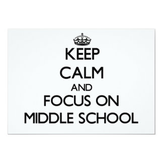 Guarde la calma y el foco en la escuela secundaria invitación 12,7 x 17,8 cm