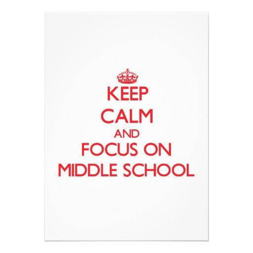 Guarde la calma y el foco en la escuela secundaria anuncio