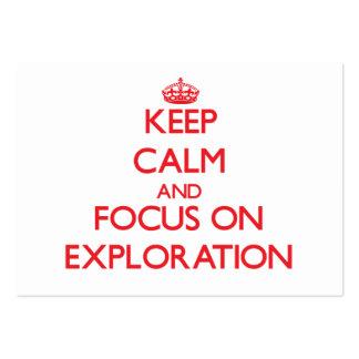 Guarde la calma y el foco en la exploración tarjetas de visita grandes
